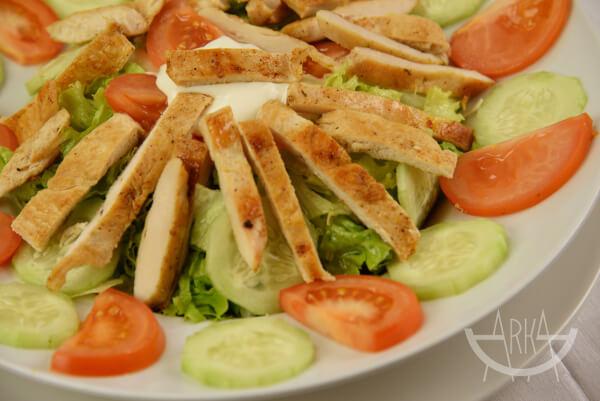 Pileća salata bistro Arka